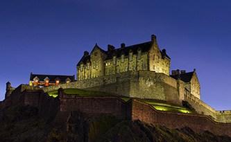 Edinburgh-Castle-Night-2014
